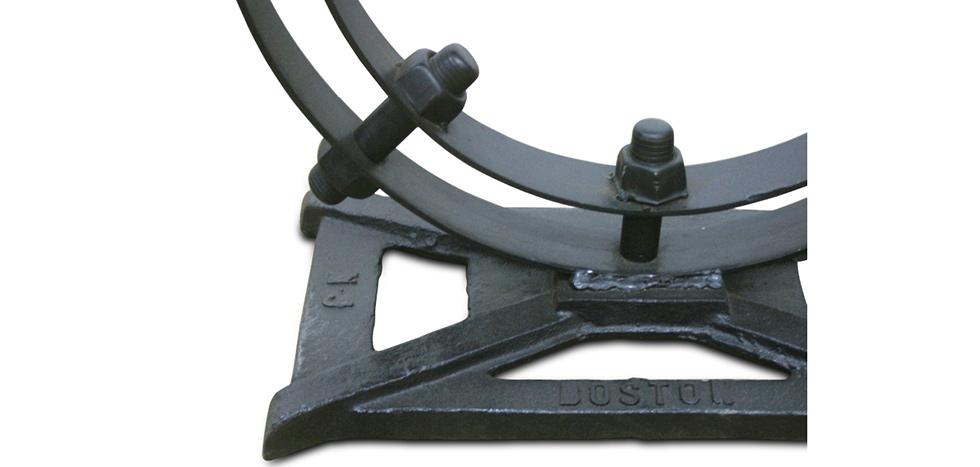 design industrial vintage ring konsolentisch metall. Black Bedroom Furniture Sets. Home Design Ideas